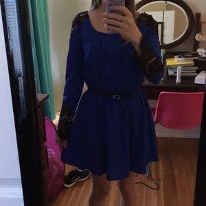 Dresses & Skirts - Blue and black cocktail dress